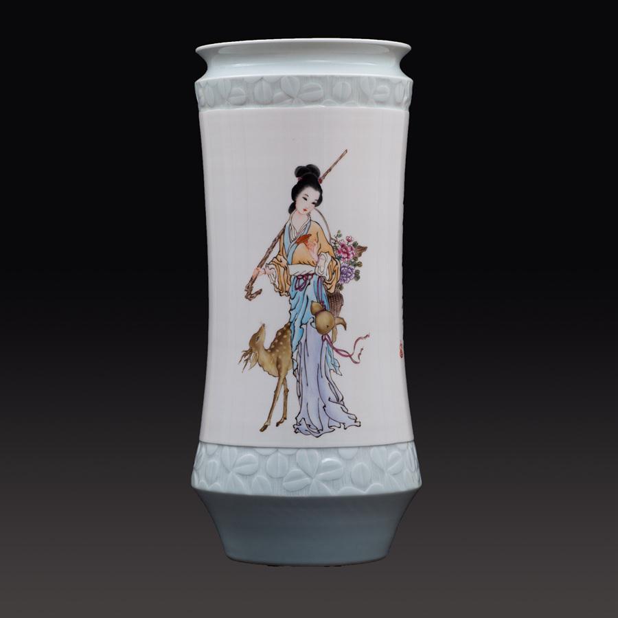 江西省工艺美术师杨大川陶瓷作品粉彩 仕女图瓷瓶