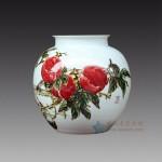手绘青花釉里红 寿桃花瓶 江西省高级工艺美术师 杨守用杨荣陶瓷艺术作品