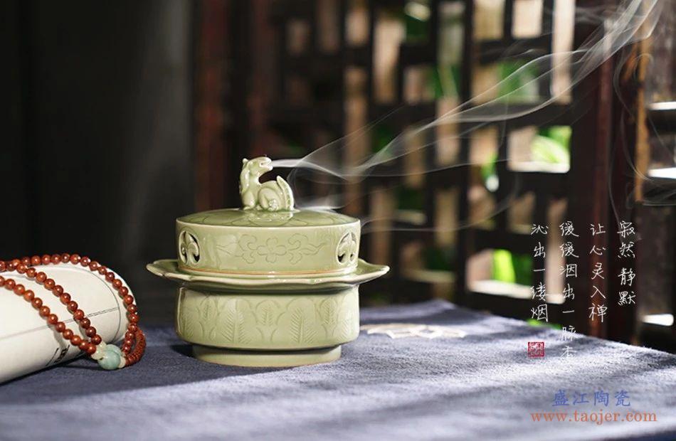 什么是龙泉青瓷的薄胎厚釉