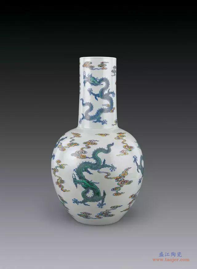 清雍正时期的斗彩瓷器工艺