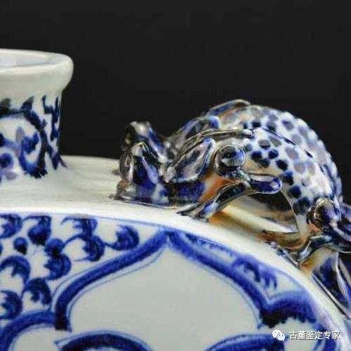 青花龙纹四系扁壶元代典型瓷器收藏精品珍贵罕见