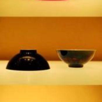 ♈精美颜色釉瓷器碗