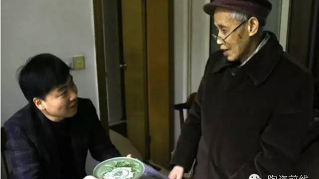 大师风范   唐锡怀: 他的雕塑艺术瓷四次走进人民大会堂!