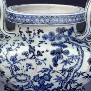 青花瓷器的翘楚:宣德青花的艺术魅力