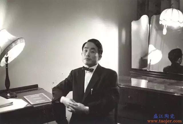 47年前他买下世界最贵的瓷器:推动了中国古陶瓷在世界上的身价