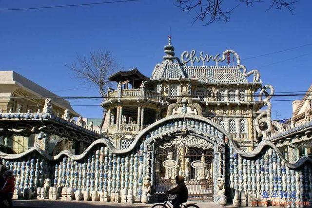 他用7亿块古董瓷片,打造了98亿元豪宅,完工后引发热议