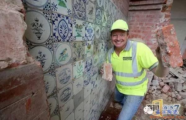 瓷砖也能成古董!国外一面瓷砖墙价值近50万