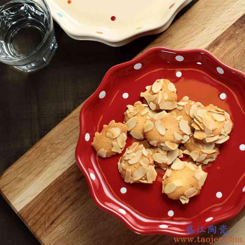 欧创意家用陶瓷菜盘波点西餐盘托盘牛排盘子彩色餐具早餐盘圆平盘