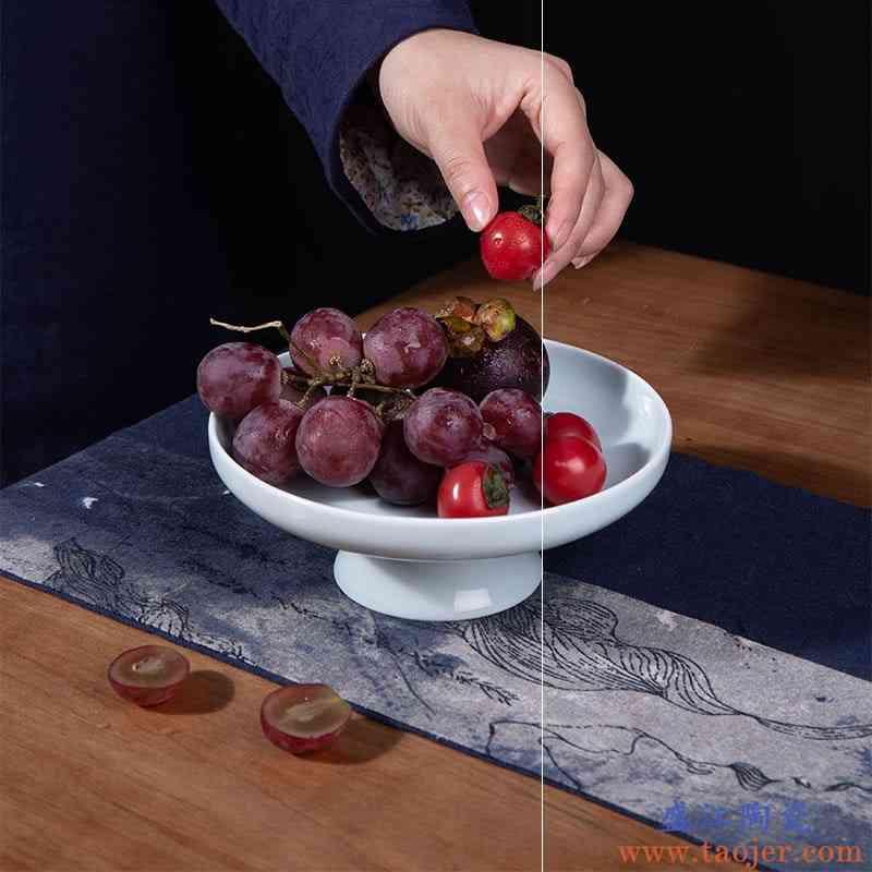 网红宋代中式青瓷8寸高脚水果盘茶点心盘简约盘陶瓷餐具意境凉菜