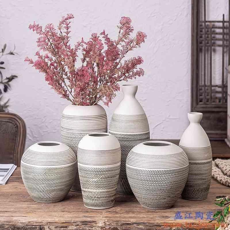 景德镇新中式陶瓷装饰品客厅电视柜插花复古餐桌干花台面花瓶摆件
